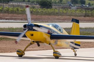 CFR6363 Extra 300s N8JX
