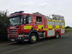 FJ16 FRU (markkirk85) Tags: scania p280 emergency one cambridgeshire fire rescue service thorney engine appliance fj16 fru fj16fru