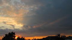 IMG_0331 (ALEKSANDR RYBAK) Tags: закат сечер солнце свет лучи отблеск облака небо деревья пейзаж природа яркие цвета
