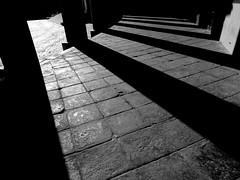 Napoli--colonnato Basilica di San Francesco di Paola (Antonio Piccialli) Tags: 2018 giugno campania canon canonixus155 napoli naples vicolidinapoli elaborazione explore explored fluidr fluidrexplored flickr flickrclickx piazzadelplebiscito centrostorico centro