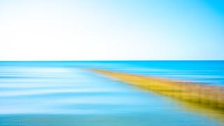 Bune und Meer