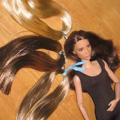 Ari Hair Spectrum (Still Museum) Tags: tomb raider lara croft alicia vikander barbie collector signature doll reroot saran hair