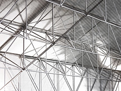 Strutting Your Stuff (Steve Taylor (Photography)) Tags: strut roof architecture museum monochrome grey newzealand nz southisland canterbury christchurch lines texture struts wigram airforcemuseum joints