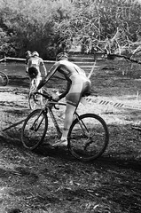 000131340016 (Harry Toumbos Photo) Tags: 35mm film ilford hp5 canon fd a1 f1 50mmf12l 35105mmf35 cycling cyclocross adelaide nationals