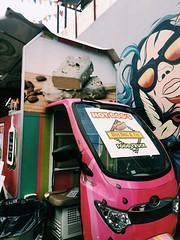 (maycambiasso98) Tags: buenosaires argentina truck car wheels pink eat fun foodtruck park food hotdog dog hot