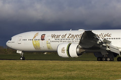 A6-EGZ | Emirates | Boeing B777-31H(ER) | CN 41081 | Built 2012 | DUB/EIDW 18/01/2018 (Mick Planespotter) Tags: aircraft airport dublinairport collinstown 2018 nik sharpenerpro3 a6egz emirates boeing b77731her 41081 2012 dub eidw 18012018 b777 year of zayed decals