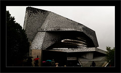 Philharmonie de Paris N°3 (Jean-Louis DUMAS) Tags: windows fenêtre bw building noir blanc black art architecture architecte artist artistic artiste artistique architect abstract abstrait personnes