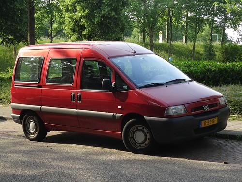 2002 Peugeot Expert