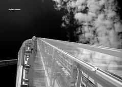 Pronti al decollo! (stefano.chiarato) Tags: decollo grattacieli torreallianz nuvole clouds bw biancoenero milano citylife lombardia italy pentax pentaxlife pentaxk70 pentaxart urban pattern