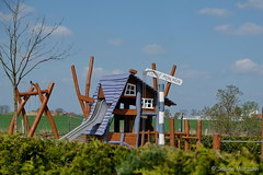 Haus auf dem Land / Villa Moin Moin (Sockenhummel) Tags: cafemoinmoin groszieten grosziethen spielplatz haus villa moinmoin playground eisdiele
