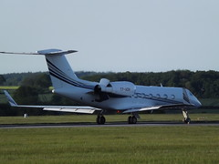 T7-AZH Gulfstream 450 Execujet Middle East (Aircaft @ Gloucestershire Airport By James) Tags: luton airport t7azh gulfstream 450 execujet middle east bizjet eggw james lloyds