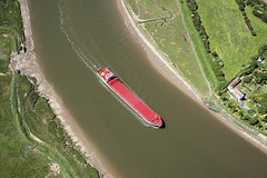 Red ship on the River Witham out of Boston (John D Fielding) Tags: river witham boston lincs lincolnshire above aerial nikon d810 hires highresolution hirez highdefinition hidef britainfromtheair britainfromabove skyview aerialimage aerialphotography aerialimagesuk aerialview drone viewfromplane aerialengland britain johnfieldingaerialimages fullformat johnfieldingaerialimage johnfielding douwant