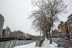 18MAR01 SLYNNLEE-6341 (Suni Lynn Lee) Tags: dublin ireland beastfromtheeast winter snow cold blizzard city street