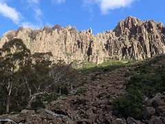 Cliffs (Baractus) Tags: ben lomond national park tasmania australia pepperbush inala nature tours pepper bush adventures