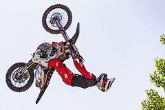 C58R1478 (Nick Kozub) Tags: montreal f1 monster energy compound fmx show demo aerial acrobatic inverted insane trick crazy vertical airborne kissthesky whereisjohannes stunt defy gravity grand prix canada freestyle motocross canon eos 1d x ef usm l 20700 f28 is ii