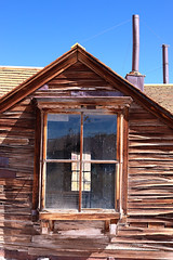 Window in a Window at Bodie Ghost Town (eoscatchlight) Tags: bodieghosttown easterncalifornia california ghosttown abandoned