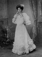 Minnie Kriesel of Prairie in her wedding dress, 1919 (State Library of Queensland, Australia) Tags: queensland statelibraryofqueensland slq fashion edwardianfashion bride wedding studioportraits weddingdress