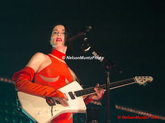 1DX_0181 (NelsonMuntzPhoto) Tags: stvincent st vincent wilmington thequeen queen may 2018 guitar concert canon1dx canoneos1dx annieclark delaware de usa photopass photo