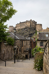 Wander with Alastair May 23rd 2018  (28 of 45) (Philip Gillespie) Tags: edinburgh scotland 2018 may summer spring canon 5dsr street people buildings architecture windows monuments castle historic old vennel cranes sky clouds sun water trees park arch court balmoral hotel lines shapes colour color green blue red yellow orange birds cats dogs duck goose heron pond lake flying swimming man woman statue horse folly path black white mono monochrome bike road angles flags bunting art artistic shade shadow
