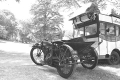 moto ancienne parc de port breton dinard 2 (jpbordais) Tags: dinard moto collection ancien
