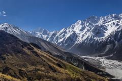 Kyanjin Gompa (Henry der Mops) Tags: 90a7531 nepal asien trekking langtangtrekgosainkund kyanjingompa langtanghimal langtangnationalpark himalaya bergkette berge asia mountainrange mountains canoneos7dmarkii henrydermops mplez