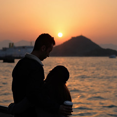 """""""promise..."""" (hugo poon - one day in my life) Tags: xt20 35mm hongkong kennedytown waterfront newpraya victoriaharbour sunset colours love couple companions reminiscing dusk sky romance beauty"""