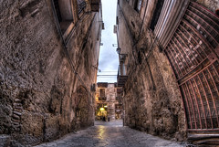 Narrow way (Rickydavid) Tags: vicolo alley palermo hdr nikon samyang 8mm fisheye vicolocastelnuovo
