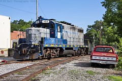 CCKY 102 at Lafayette, GA (KD Rail Photography) Tags: emd gp7 classiclocomotive shortlinerailroad classicrailroads electromotivedivision trains railroads transportation gm ccky chattoogachickamaugarailway geneseewyoming smalltown smalltownusa railyard freighttrains georgia