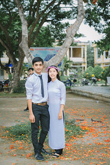 IMG_2915 (2L photography) Tags: 2l 2lfilms 2lfilm canon6d canon cinematicphoto kyyeu kỷyếu trường travinh travel streetlife shool hocsinh vietnam vietnamtravel vietnamgirls vietnamshool việt vintage vsco áobaba aobaba asiangirl asian aodai