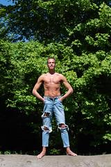 weekend-en-allemagne_40189260090_o (Eric Cocoloco) Tags: photoshooting photographer malemodel torsenu sexyman outdoor parc bareupperbody