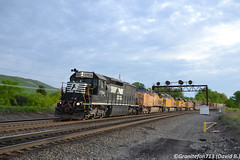 NS 1704 EMD SD45-2 (18A) (Trucks, Buses, & Trains by granitefan713) Tags: train freighttrain mixedfreight manifest ns norfolksouthern consist lashup railroad railfan mainline emd electromotive cr conrail emesd452 sd452 sd45 foreignpower up unionpacific altoona ge generalelectric