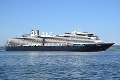 Zuiderdam- Greenock . 28-05-18 (MarkP51) Tags: zuiderdam greenock firthofclyde cruiseship cruiseliner ship boat vessel maritimephotography sunshine sunny nikon d7200