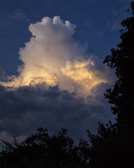 Thundercloud (Robyn Hooz) Tags: storm temporale padova thunder tuono luce fulmine cloud nuvole nuvola dark scuro