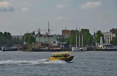 Watertaxi (Hugo Sluimer) Tags: portofrotterdam port haven rotterdam zuidholland holland nederland onzehaven nlrtm