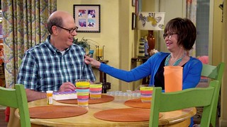 Watch One Day at a Time: Season 1 Episode 7 For Free Online