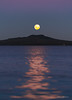 Moonrise Rangitoto (hakannedjat) Tags: moonrise rangitoto moon moonlight moonset fullmoon sonynz sonya7rii sony a7rii