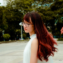 DSC01310 (Trần Cao Min) Tags: potrait alpha a6000 afternoon sad sun sunshine sony smooth sight set sea sky smile soup sunset style coser poetry tphcm town girl great green grill light highlight beautiful blend beautyful beauty black retro red 2018 viet nam cong vien