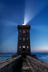18DGR07784 (BreizHorizons) Tags: phare pharedekermorvan kermorvan le conquet presquîle de lighthouse iroise finistère penarbed parcmariniroise nuit seascape waterscape eau mer tout tour carrée tourelle lumière lampe ampoule lentilledefresnel didiergrimberg
