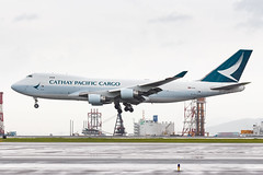 CATHAY PACIFIC CARGO B747-400F B-LIB 002 (A.S. Kevin N.V.M.M. Chung) Tags: aviation aircraft aeroplane airport airlines plane spotting hkg airside landing arrival cargo boeing b747400f