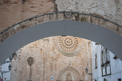 Ostuni, Brindisi, Italy (Tokil) Tags: ostuni brindisi italia italy southitaly salento oldcathedral church arch rosone oldtown centercity ancient village country alley street urban travel colors sunset nikond90