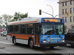 Winnipeg Transit #942 (vb5215's Transportation Gallery) Tags: winnipeg transit 2001 new flyer d30lf