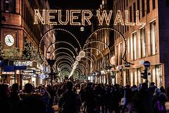 Neuer Wall during christmas (yeleh) Tags: hamburg alster binnen binnenalster water river night sunset sky light people christmas