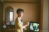 ピンぼけ喫煙 (✱HAL) Tags: om1 lomography 400 color nega film chiba funabashi home mother family tobacco mistake