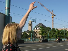 ... a little bit deeper (Hannelore_B) Tags: strase street mülheimruhr deutschland germany senseofscale comicscene smileonsaturday