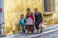 Homeward bound (Pejasar) Tags: woman traditional girl princess street candid family walk sidewalk colorful antigua guatemala