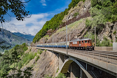 BLS: Ae 015 205 (Pascal Hartmann Photography) Tags: mundbach mund mundbachviadukt mundbachbrücke bls blsstiftung ae015 205 suedrampe wallis naters brig glis historic train trainspotting ae68 switzerland myswitzerland