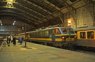 SNCB 1901 with an evening arrival from Mons. Lille Flandres. March 1997