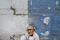 (UrvishJ) Tags: sell buy stock stockimage online images pictures stockpicture indianpicture indianphoto stockphoto onlineimages postcard getty gettyimages gettycontributor ©urvishjoshiphotography urvishjoshi urvishjoshiphotography ahmedabad amdavad pol pole oldcity walledcity sociology patterns housepattern urban oldurban retro retrourban karnavati gujarat streets streetphotography ahmedabadimages travel colours culture people indianpeople indiantraditional vibrantindia incredibleindia westernindia indianexhibits