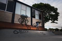 Footjam (Peter Bruijn) Tags: bmx bmxlife bmxer bmxers bmxbike bmxing bmxrider skate skatepark skateplaza skater urban nikon d700 24mm yongnuo external flash urbanphoto urbanphotography bmxphoto bmxphotography