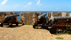 ( 1703 ) Fort  Beekenburg (Prayitno / Thank you for (12 millions +) view) Tags: konomark fort beekenburg dutch holland occupation colony colonized architect curacao south southern caribbean day time tour tourist point interest attraction sunny blue sky cannon benteng fortress